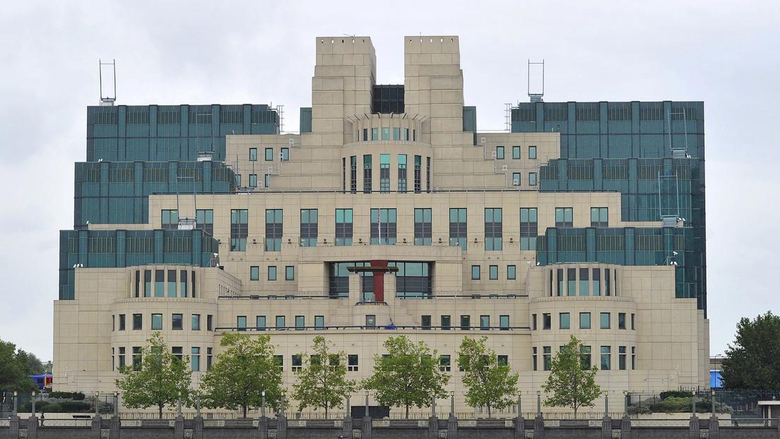 """Un contratista pierde planos """"confidenciales"""" del edificio de la agencia de inteligencia británica MI6"""