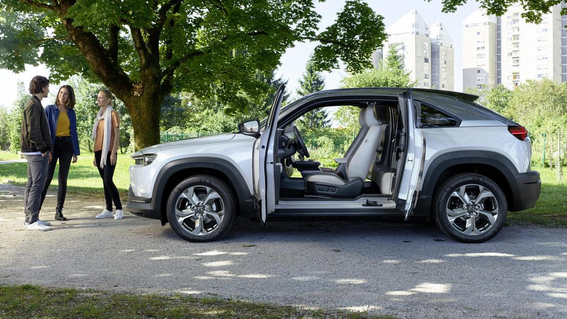 Mazda afirma que las baterías de largo alcance de los autos eléctricos son más perjudiciales para el planeta que los vehículos diesel
