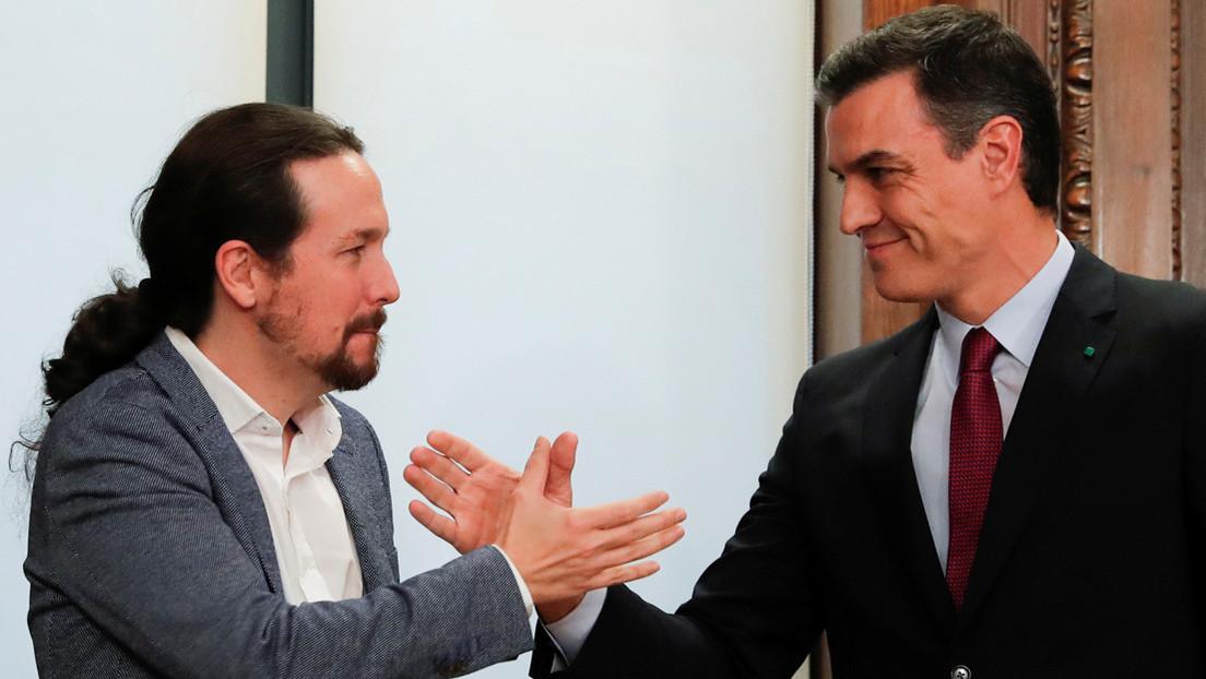 """PSOE y Unidas Podemos firman su acuerdo de coalición en España y lo califican de """"histórico"""""""