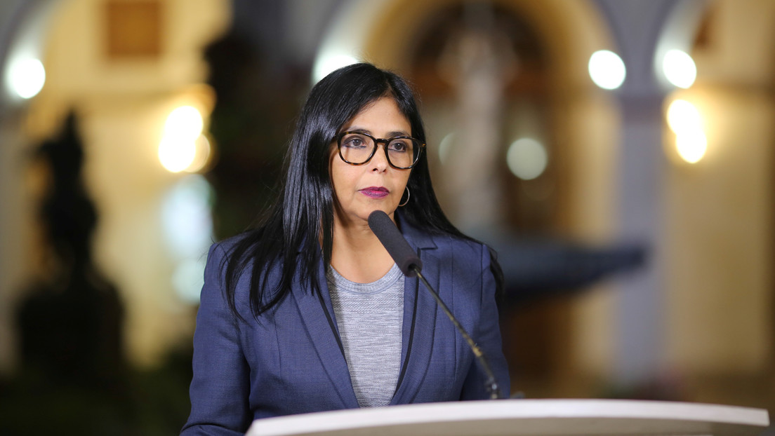 Delcy Rodríguez acusó a Bolsonaro de ser cómplice de los planes desestabilizadores contra Venezuela