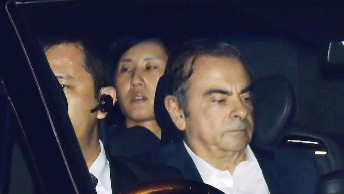 El expresidente de Nissan liberado bajo fianza huye de Japón y se refugia en el Líbano