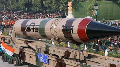 La India prueba su misil balístico con capacidad nuclear Agni-III