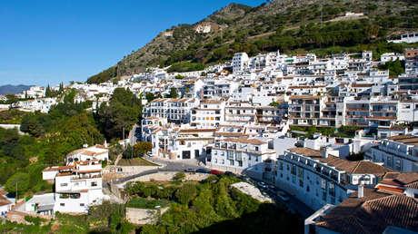 Tres miembros de una familia de turistas mueren ahogados en la piscina de un 'resort' en España
