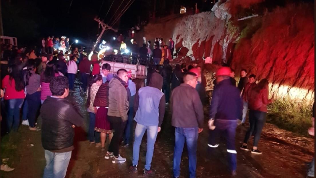 FOTOS: Varios muertos y heridos por el colapso de un muro en el sur de Ecuador