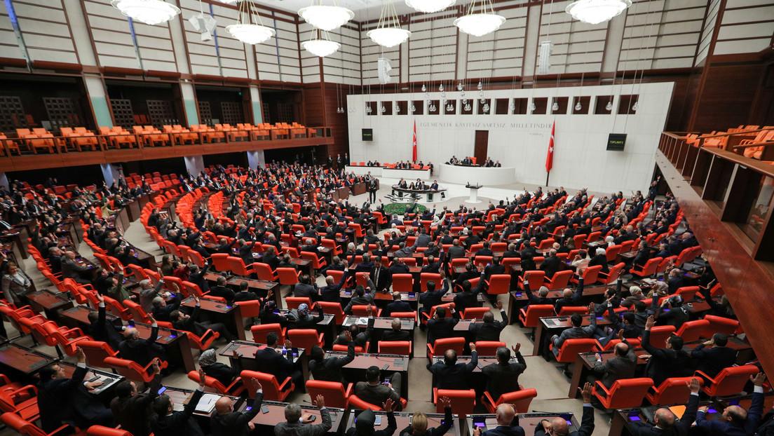 El Parlamento de Turquía aprueba enviar tropas a Libia para apoyar al Gobierno reconocido por la ONU