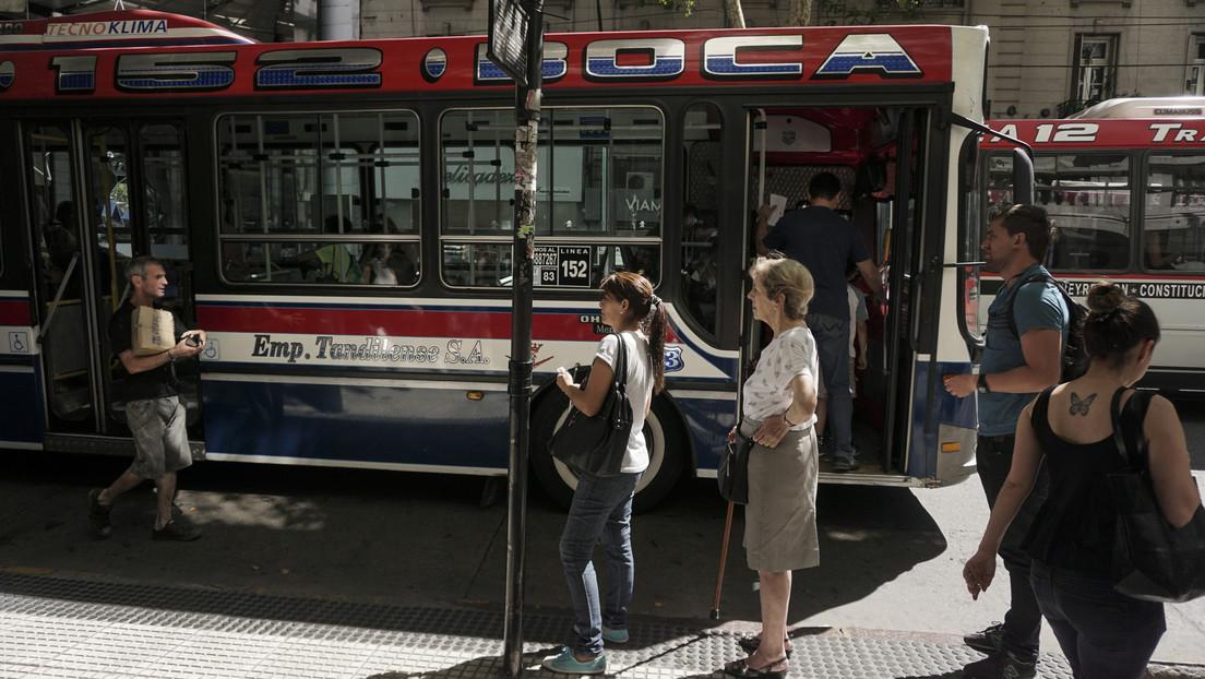 El Gobierno de Argentina anuncia el congelamiento de las tarifas del transporte urbano por 120 días