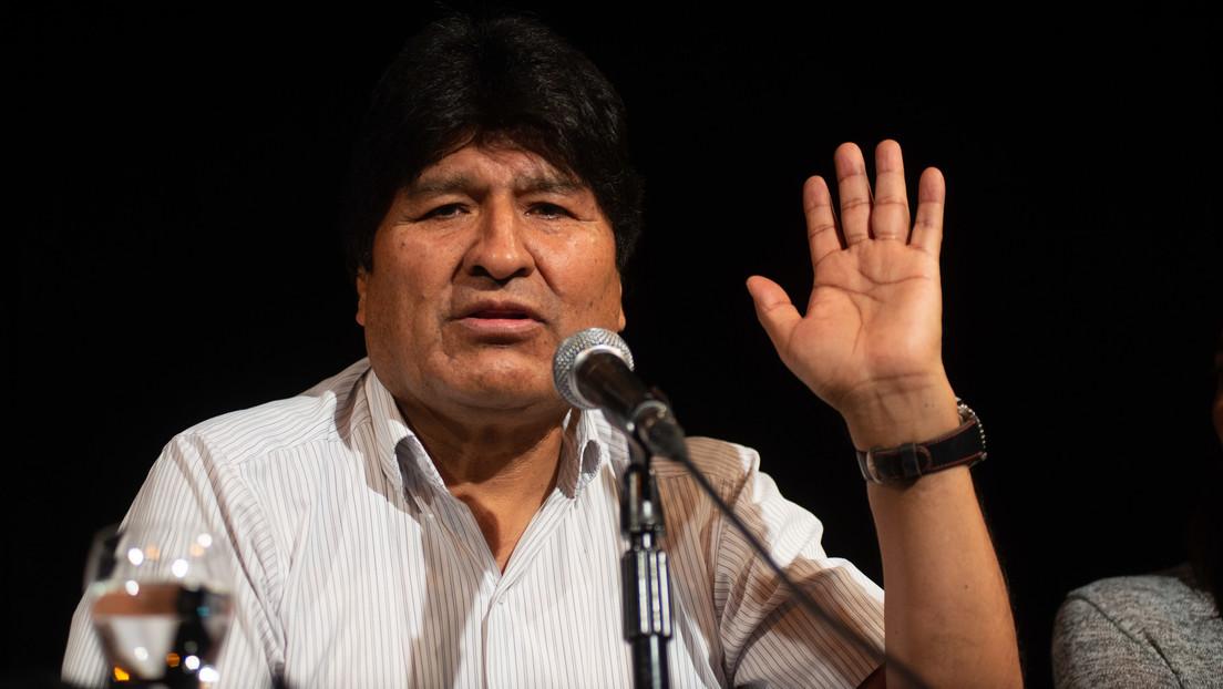 Morales presentó al equipo jurídico que lo defenderá ante las acusaciones del Gobierno 'de facto' de Bolivia