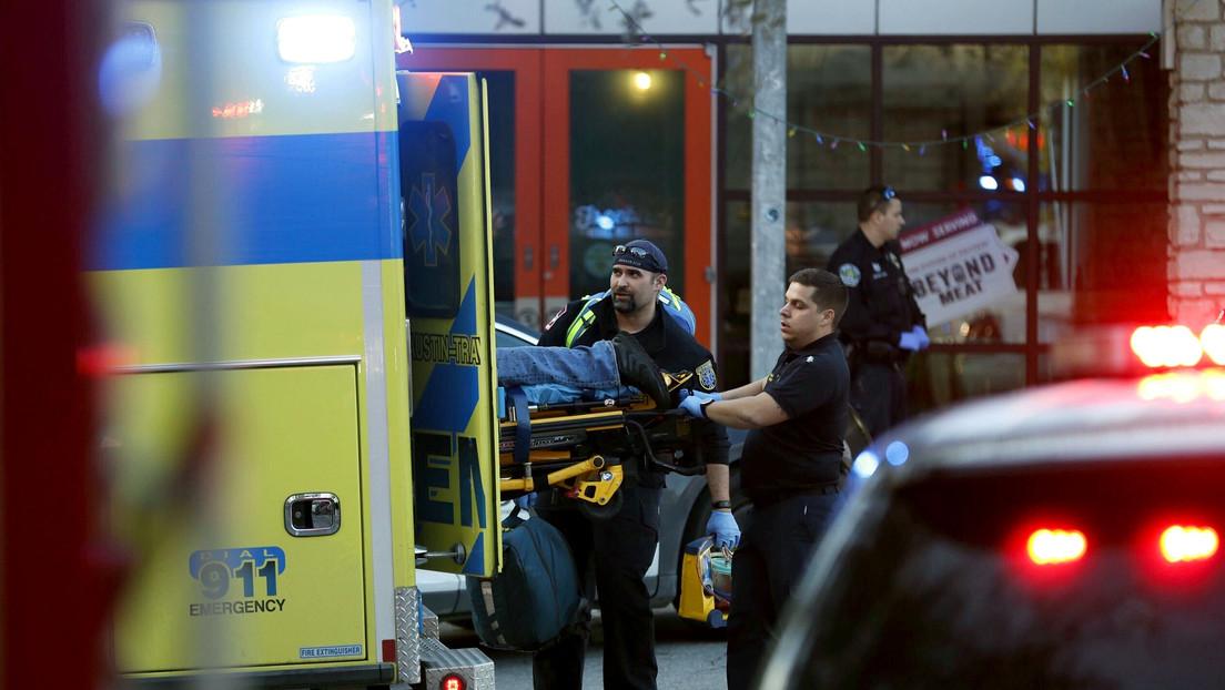 Al menos un muerto y tres heridos tras un ataque con cuchillo en Texas