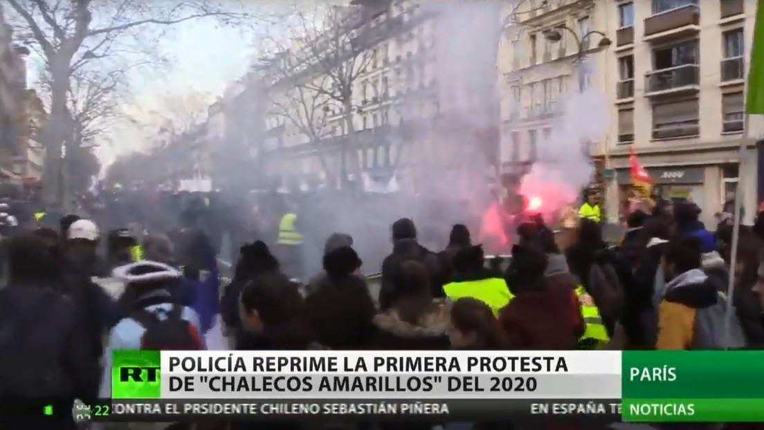 La Policía reprime la primera protesta del año de los 'chalecos amarillos' en Francia