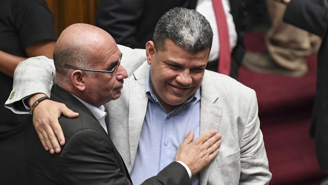 Juan Guaidó es sustituido por Luis Parra como líder de la Asamblea Nacional en desacato de Venezuela
