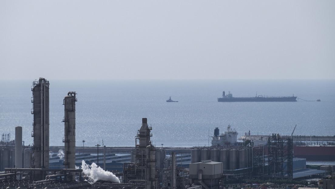 """EE.UU. advierte a sus embarcaciones en el golfo Pérsico ante una """"posible acción iraní contra los intereses marítimos del país"""""""