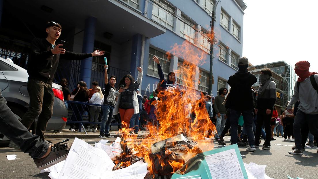 VIDEOS: Incidentes y detenidos durante las protestas contra los exámenes de admisión universitaria de Chile