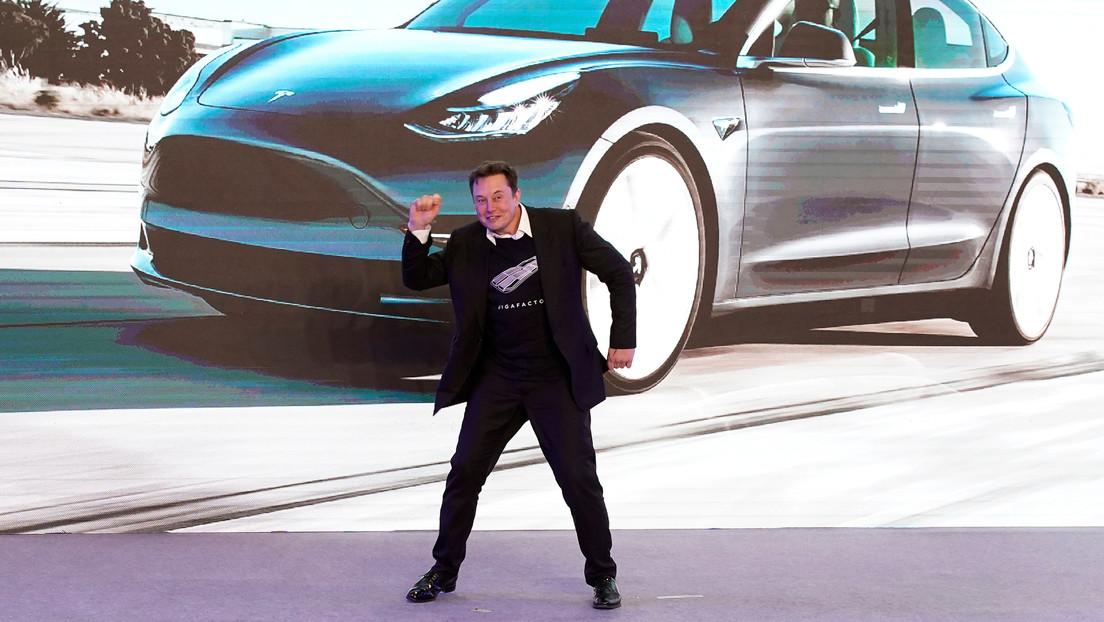 VIDEO: Elon Musk celebra con un baile el inicio de las ventas de Tesla en China