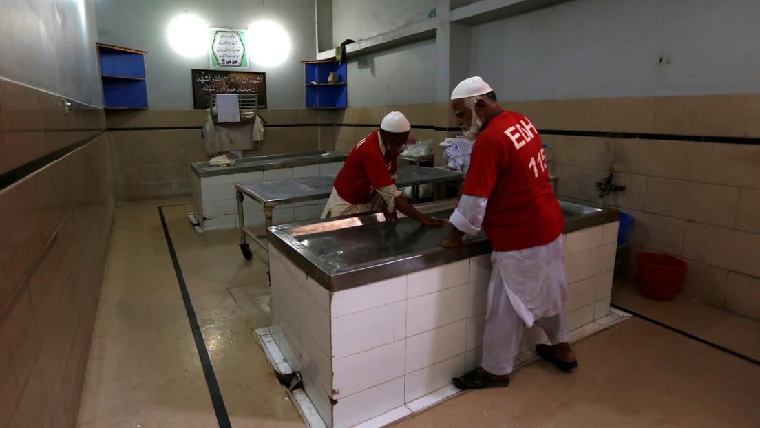 Mujer 'resucita' en una morgue mientras lavaban su cuerpo para el funeral