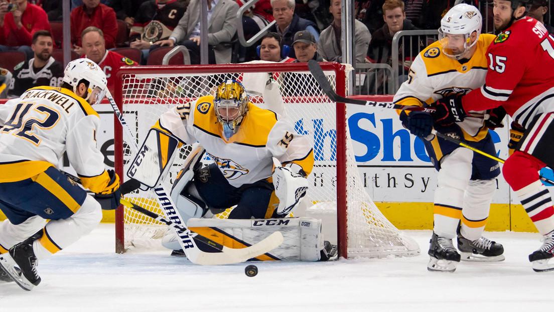 VIDEO: Un guardameta de hockey sobre hielo marca un raro gol en la historia de la NHL