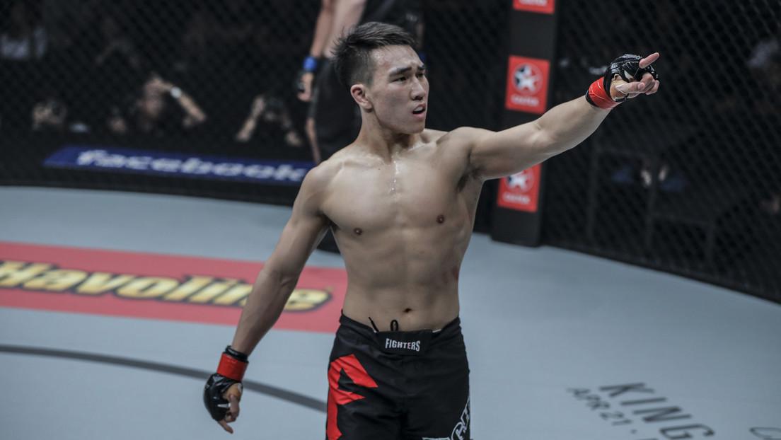 VIDEO: Un luchador de MMA deja K.O. a su contrincante en menos de un minuto