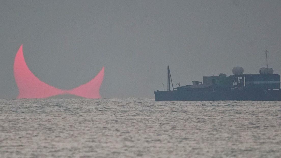FOTO: Los 'cuernos del diablo' emergen sobre el golfo Pérsico y enloquecen a la Red