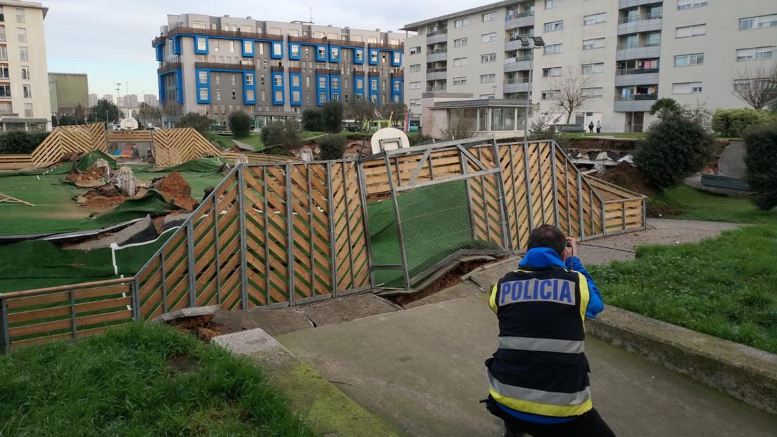 Se hunde un parque infantil sobre un aparcamiento subterráneo en el norte de España