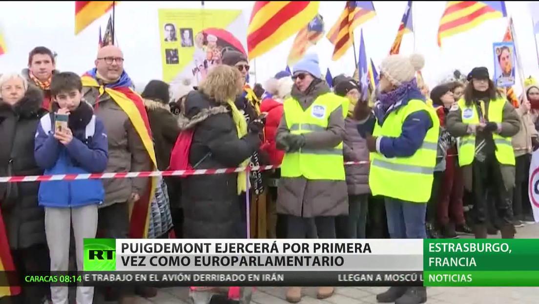 Carles Puigdemont ejercerá por primera vez como europarlamentario