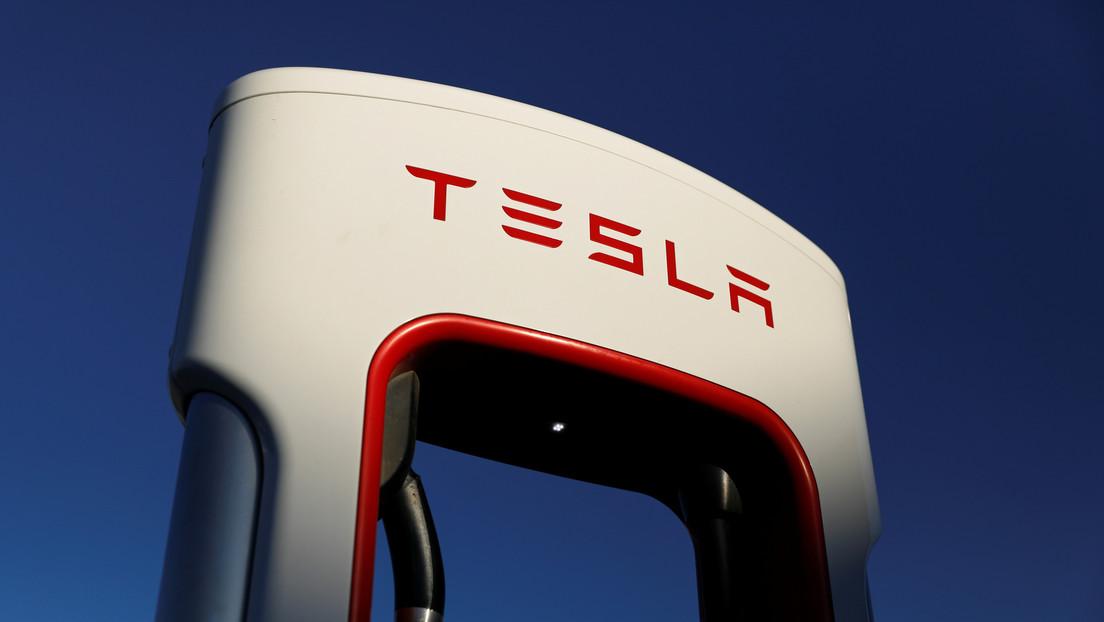 El precio de las acciones de Tesla supera los 500 dólares por primera vez en la historia