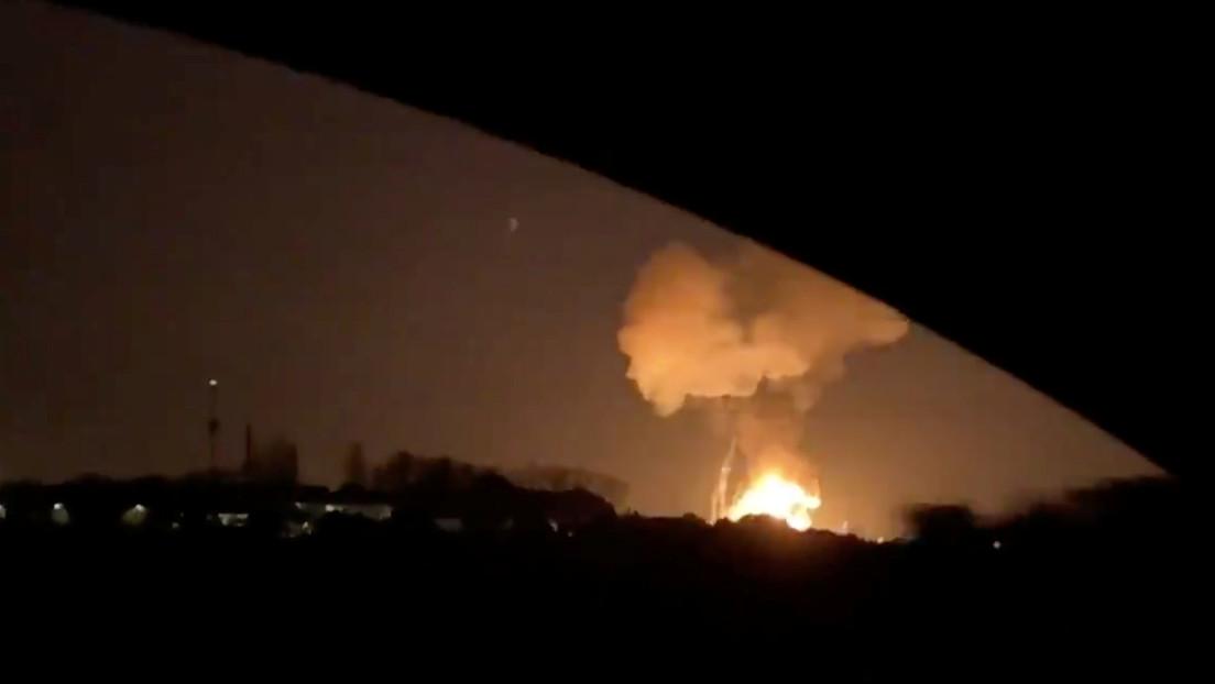 VIDEO: El momento exacto de la explosión en la planta petroquímica de Tarragona, España