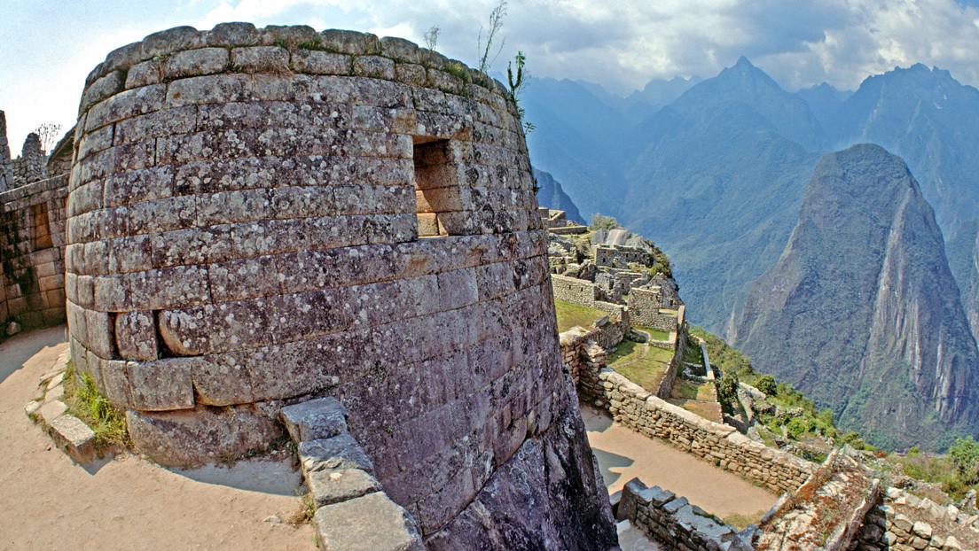 Perú juzgará a uno de los turistas por los destrozos en el Machu Picchu y deportará a los otros cinco