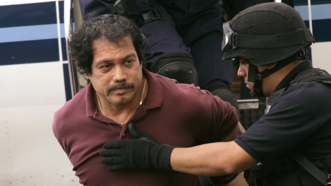 Muere el enemigo público número 1 de México que robó más de 20 bancos, cantó rancheras y se hizo cirugía plástica para no ser reconocido