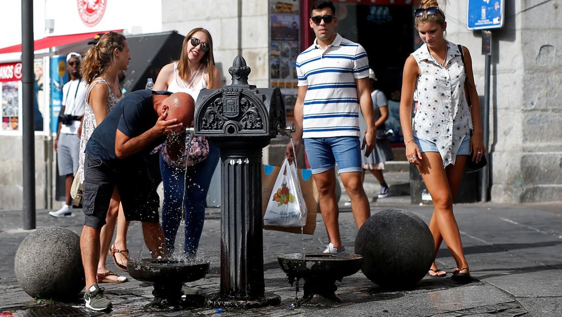 El peligro oculto en el agua del grifo que provoca casi 1.500 casos de cáncer de vejiga al año en España