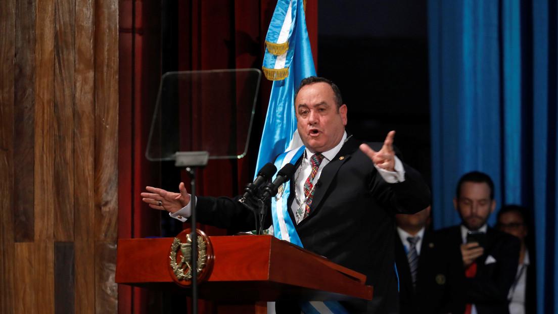 """Presidente de Guatemala anuncia la ruptura """"definitiva"""" de las relaciones con Venezuela"""