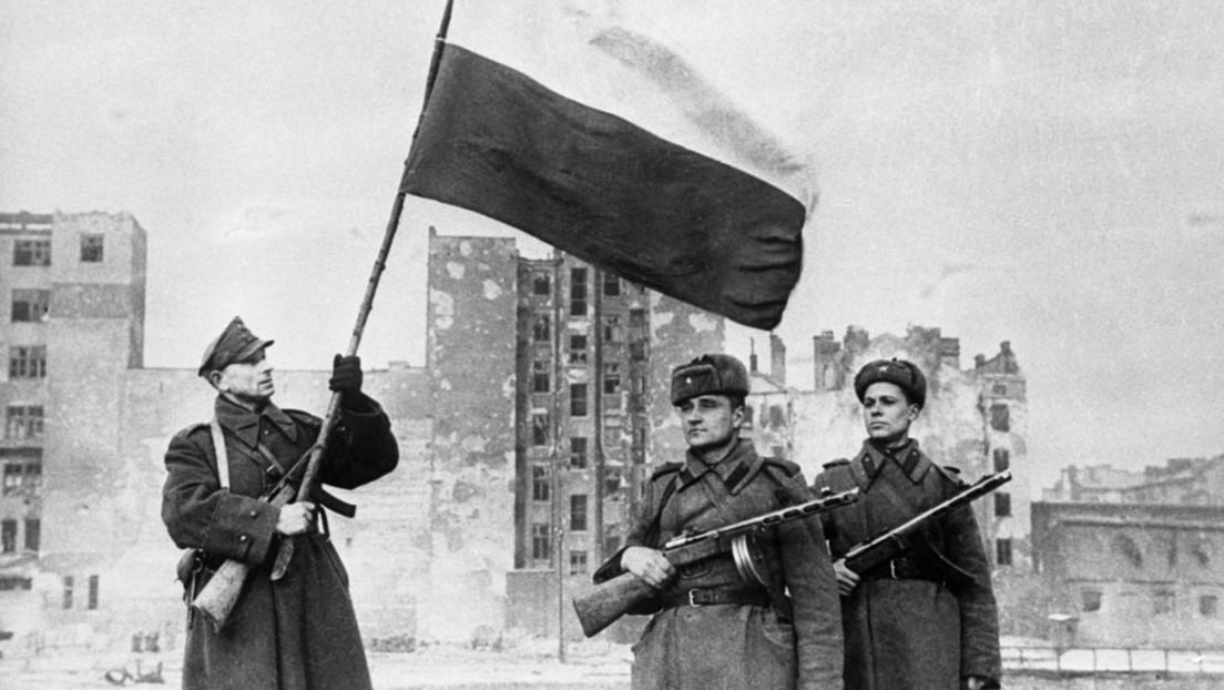 Nuevos documentos desclasificados desmienten los mitos de la liberación de Varsovia de los nazis
