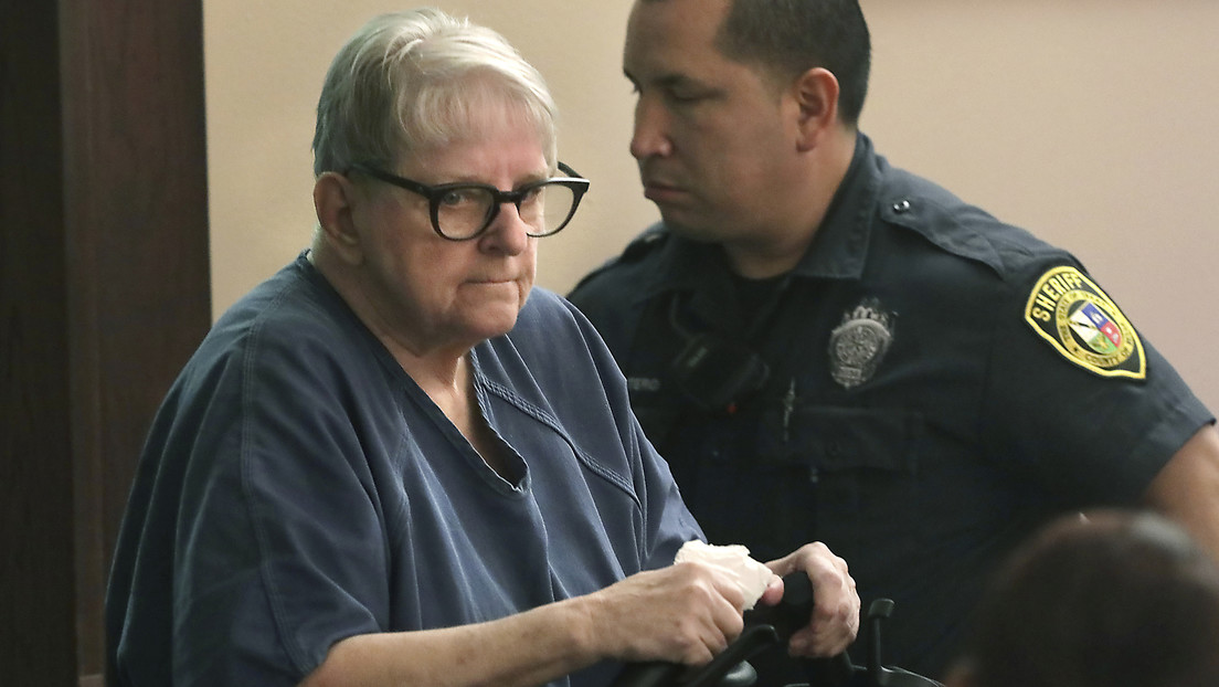 Una enfermera de Texas sospechosa de matar a decenas de niños, condenada a cadena perpetua
