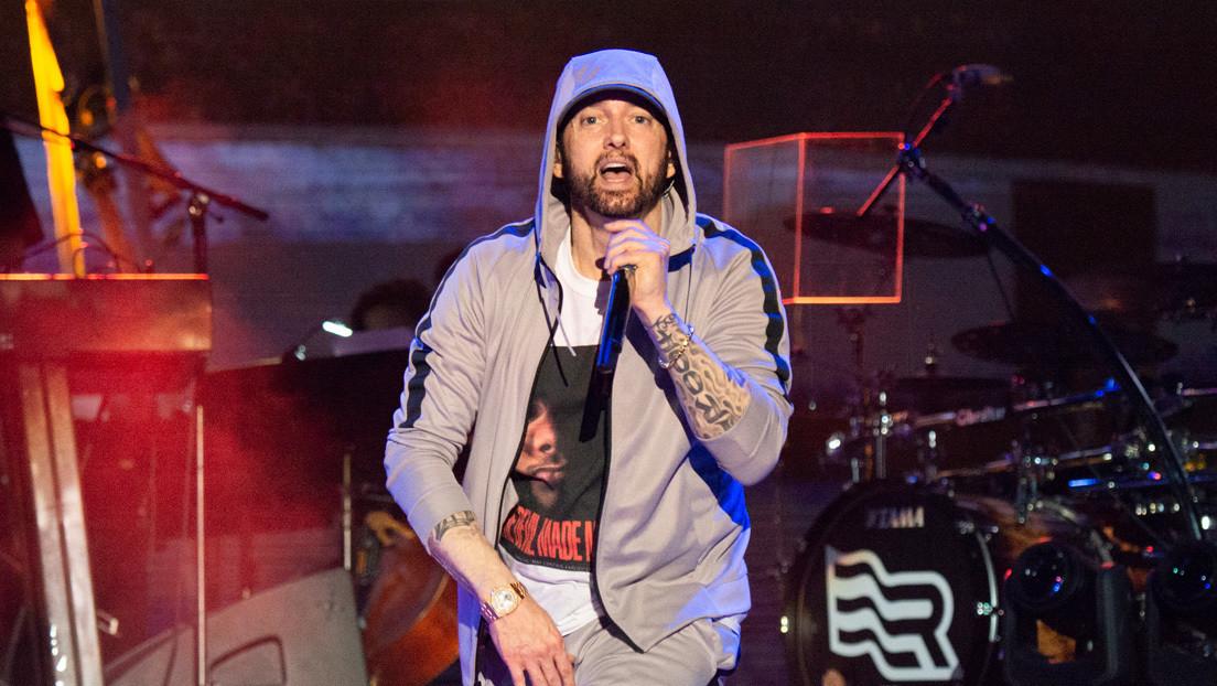 Eminem lanza por sorpresa un disco y su primer video muestra imágenes de un mortífero tiroteo en Las Vegas