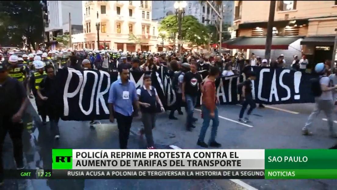Reprimen con gases otra protesta en Sao Paulo contra el aumento de las tarifas del transporte