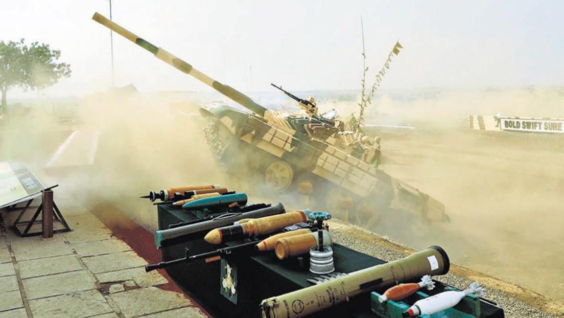VIDEO: Un tanque casi arrolla una tribuna llena de espectadores durante el Día del Ejército de la India