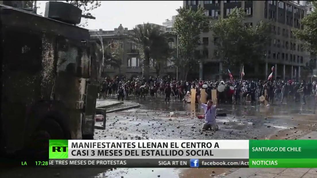 Los manifestantes en Chile llenan el centro de la capital a casi 3 meses del estallido social