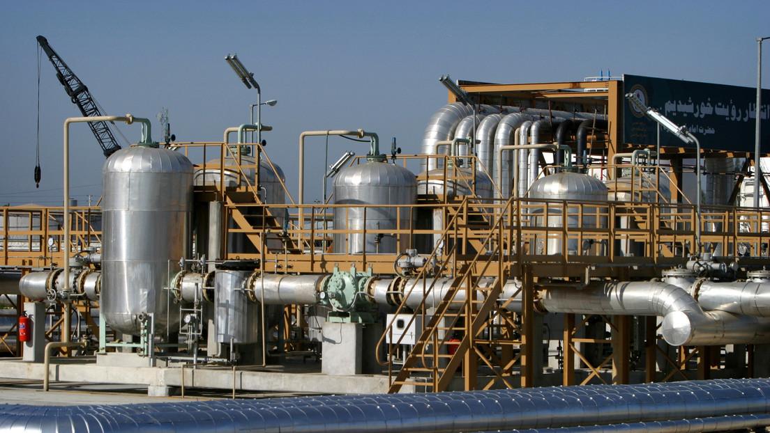 Zarif insta a Nueva Delhi a desafiar las sanciones de EE.UU. y reanudar la compra de petróleo iraní