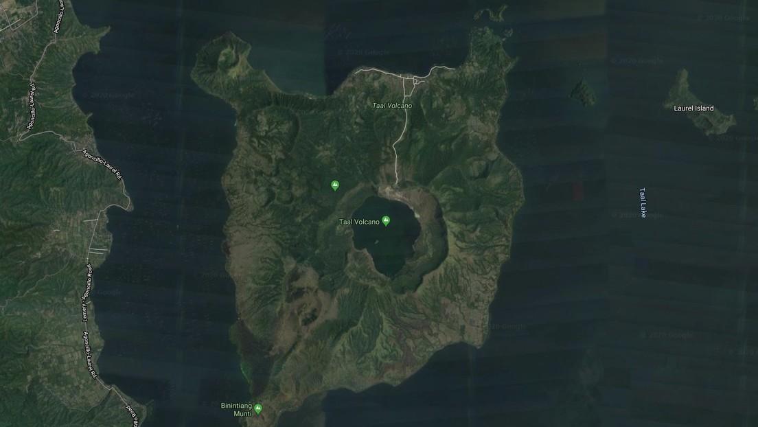 FOTO: El lago del cráter del volcán Taal casi desaparece tras su fuerte erupción