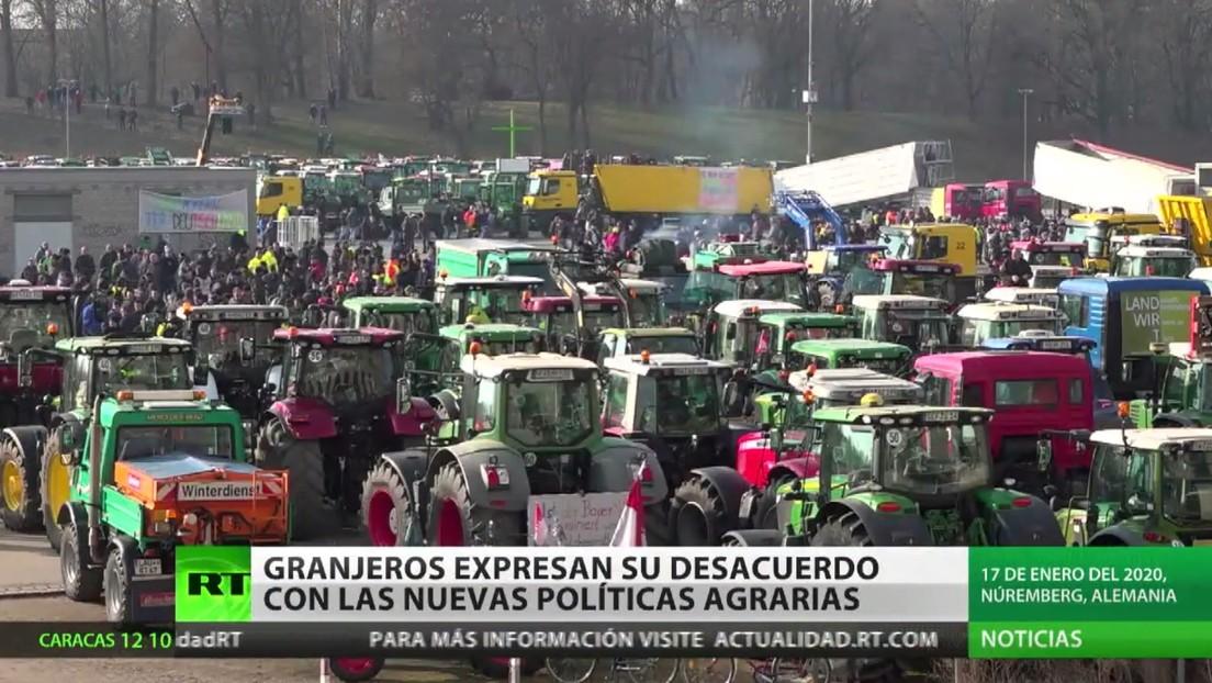 Con marchas en tractor, granjeros expresan su desacuerdo con las nuevas políticas agrarias en Alemania