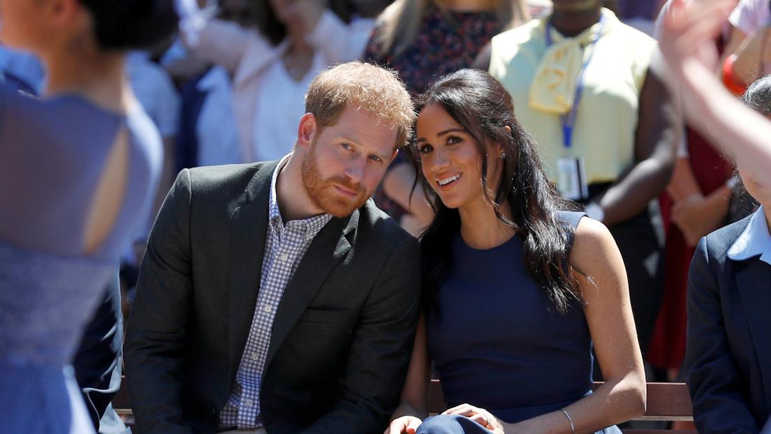 El príncipe Enrique y Meghan Markle dejarán de ser miembros activos de la familia real británica