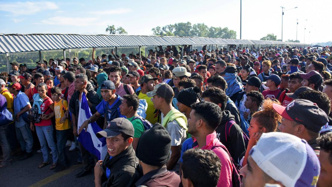 """México permite el """"ingreso controlado"""" a la nueva caravana de migrantes"""