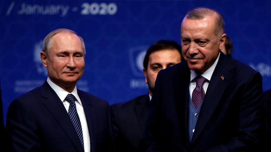"""Putin afirma que Turquía y Rusia dieron """"un muy buen paso"""" al llamar a las partes del conflicto en Libia a la tregua"""