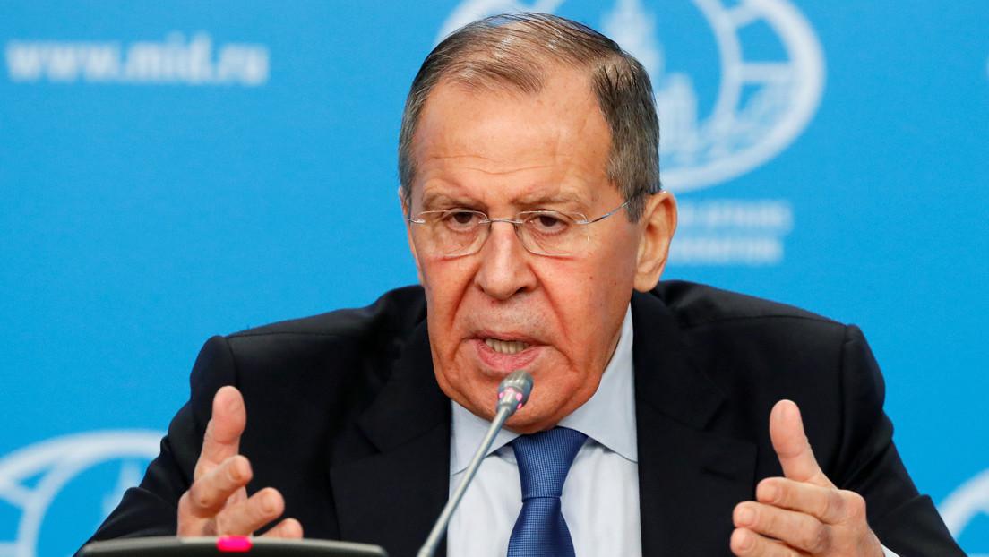 """Lavrov: """"En el amplio plan de arreglo del conflicto libio se destaca la necesidad de un alto el fuego sostenible"""""""