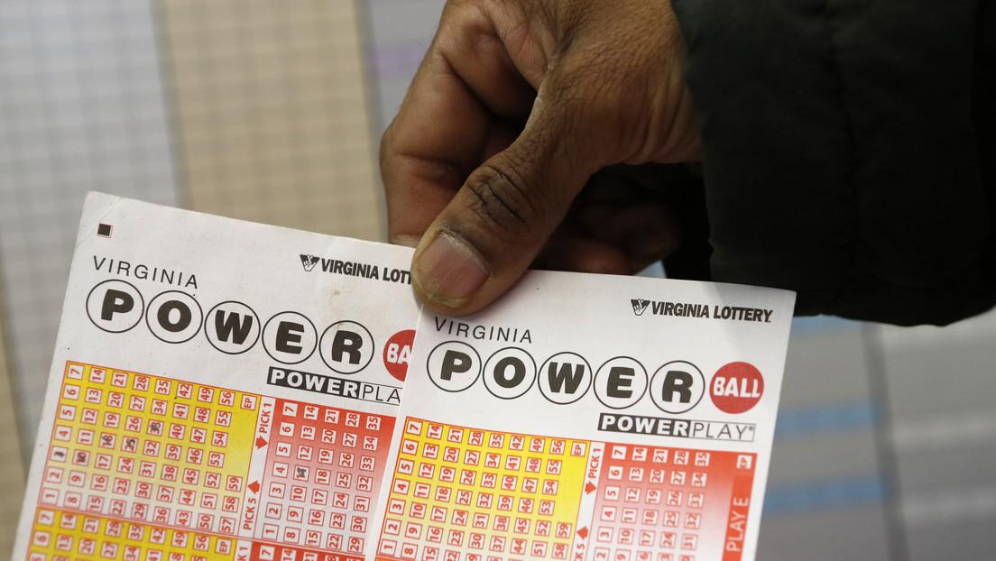 Una mujer gana el premio gordo de una lotería en EE.UU. usando los números que vio en un sueño