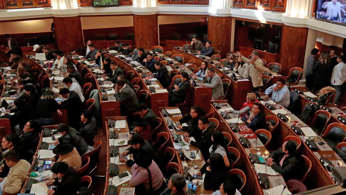 La Asamblea de Bolivia convoca sesión para tratar la carta de renuncia de Evo Morales y García Linera