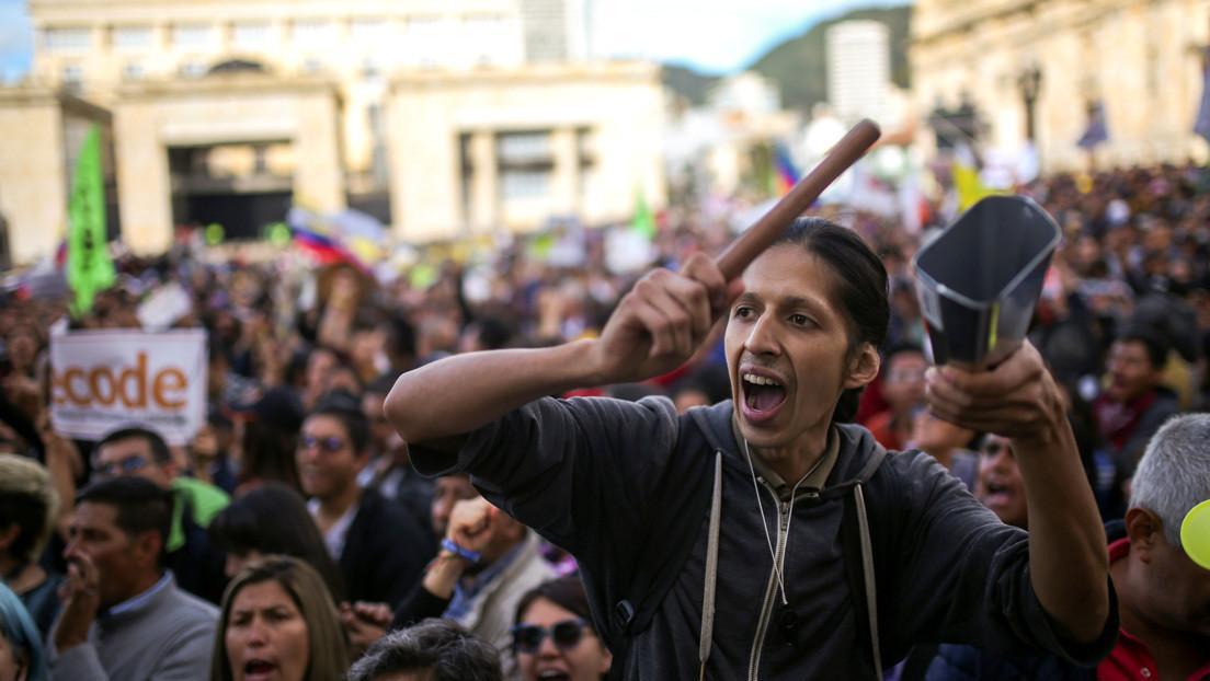 Cacerolazo a dos meses del paro en Colombia: ¿por qué continúan las protestas y cuál ha sido la respuesta de Duque?