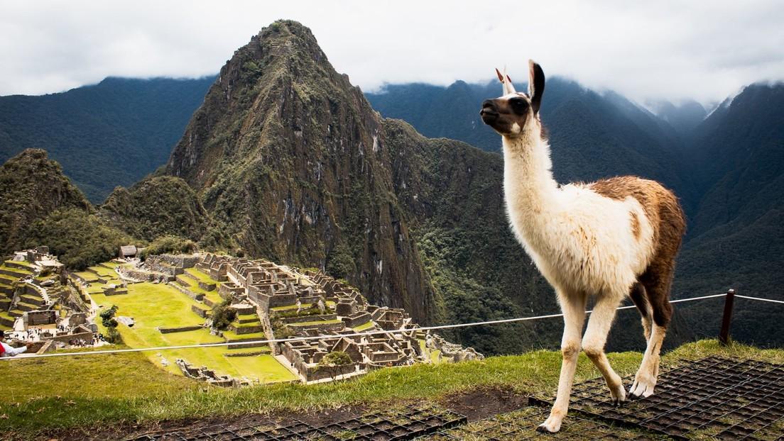 Perú instalará cámaras en Machu Picchu para protegerlo de turistas irrespetuosos