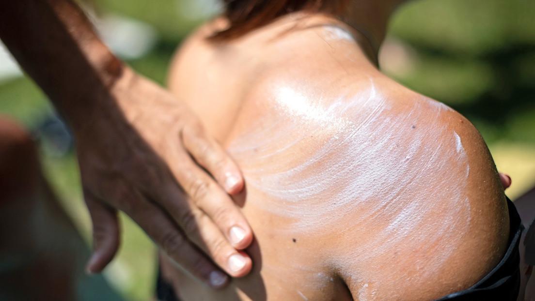 Nuevo estudio confirma que los protectores solares tienen componentes químicos que son absorbidos por la sangre