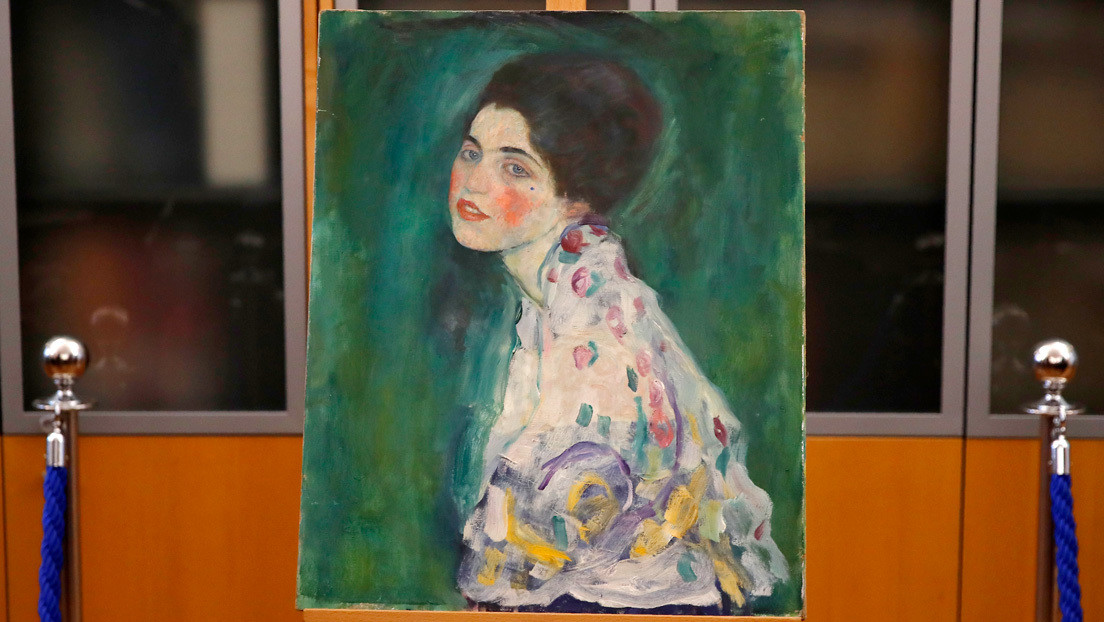 """Dos hombres confiesan que robaron un cuadro de Klimt en Italia y lo devolvieron 22 años después """"como regalo a la ciudad"""""""