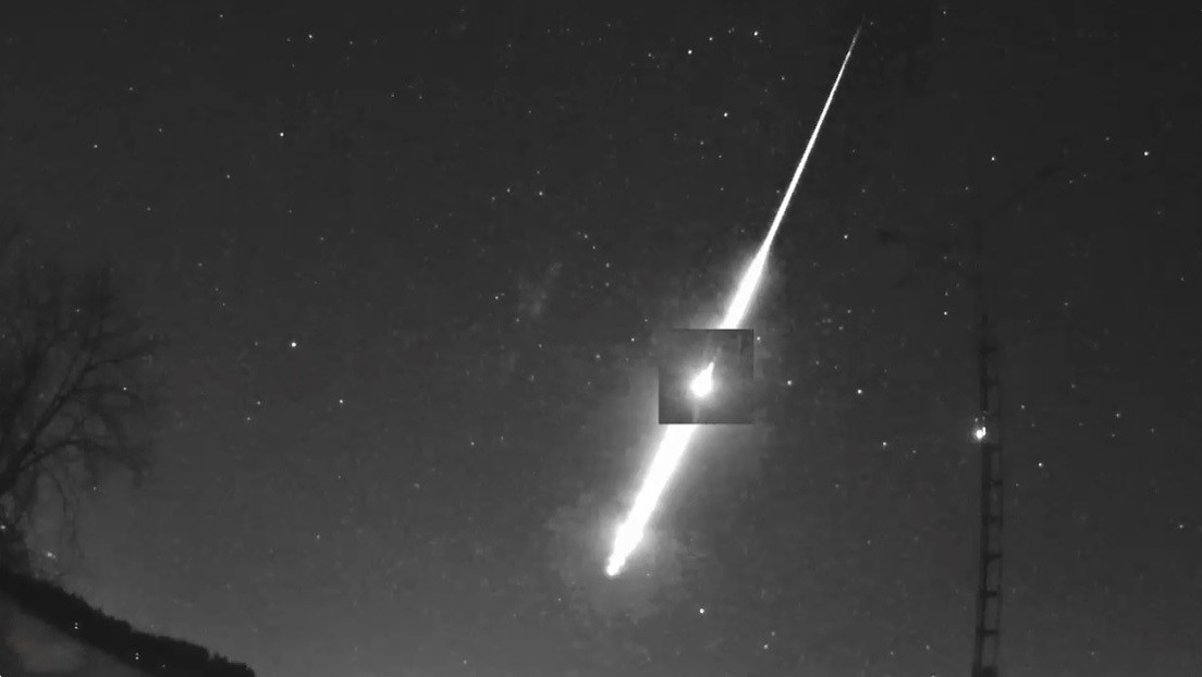VIDEOS: Un asteroide llegado desde más allá de Marte explota sobre la Tierra