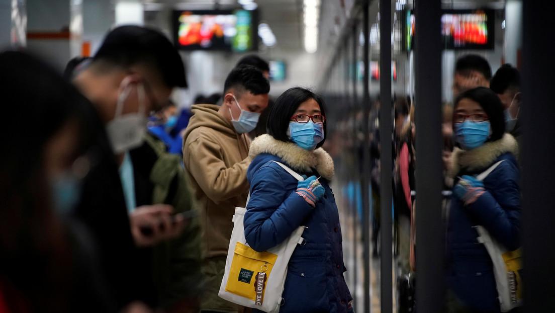 Aumentan a 25 las víctimas mortales y a 830 los infectados por el coronavirus en China